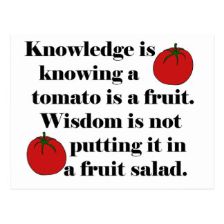 Carte Postale La connaissance sait qu'une tomate est un fruit