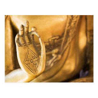 Carte Postale La main du ZEN Buddha doré