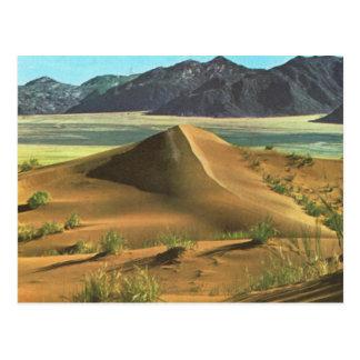 Carte Postale La Namibie, le désert et les montagnes