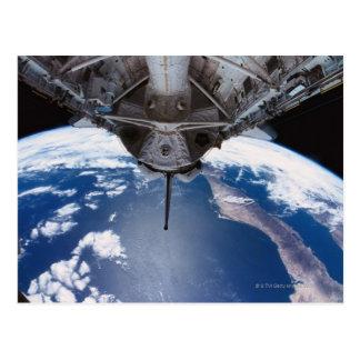 Carte Postale La terre vue d'une navette spatiale