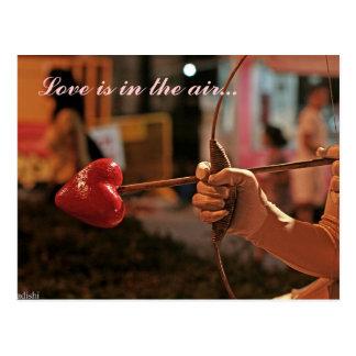 Carte Postale L'amour est dans le ciel