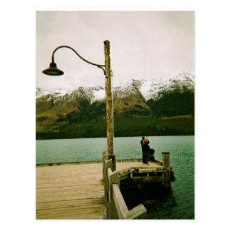 Carte Postale Lampadaire et montagnes - Nouvelle Zélande