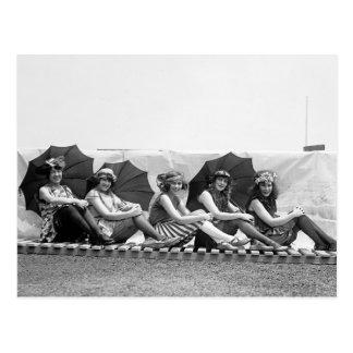 Carte Postale Lansburg baignant des filles : 1922