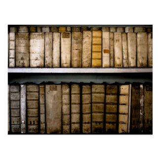 Carte Postale L'antiquité réserve les attaches du 17ème siècle