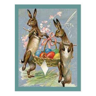 Carte Postale Lapins vintages de Pâques avec des oeufs