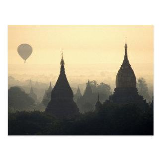 Carte Postale L'Asie, Birmanie, (Myanmar), (Bagan) air chaud