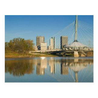 Carte Postale Le CANADA, Manitoba, Winnipeg : Esplanade Riel 2