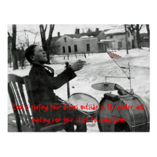 Carte Postale Le cool joue vos tambours en hiver dehors