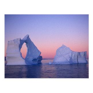 Carte Postale Le Groenland, iceberg au coucher du soleil