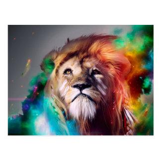 Carte Postale Le lion coloré recherchant fait varier le pas de
