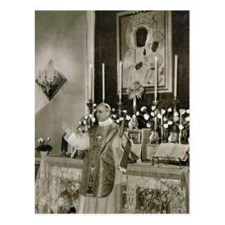 Carte Postale Le pape Pie XII, dire la masse