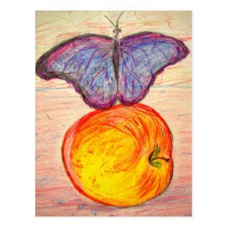 Carte Postale Le papillon et l'Apple restent le papillon libre