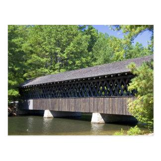 Carte Postale Le pont couvert de montagne en pierre à la pierre