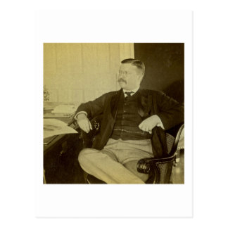 Carte Postale Le Président Roosevelt à son bureau dans la Maison
