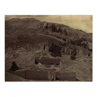 Carte Postale Le temple a découpé dans le flanc de montagne,