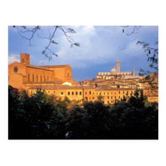 Carte Postale Le village toscan de Sienna, Italie