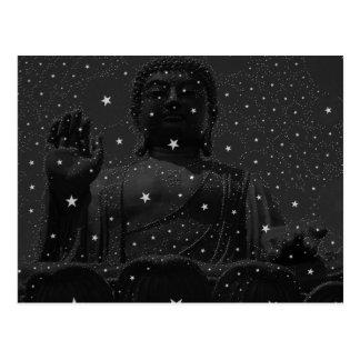 Carte Postale Le zen de yoga tient le premier rôle le bouddhisme