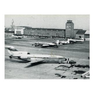 Carte Postale Les années 1950 d'aéroport de l'Allemagne vintage,