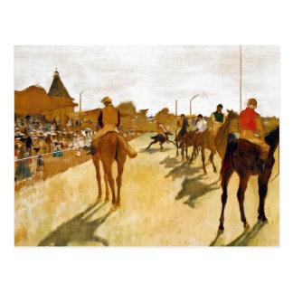 Carte Postale Les chevaux de course avant se tient prêt dégazent
