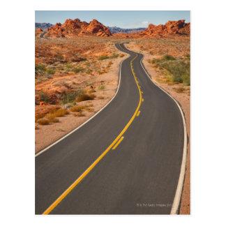 Carte Postale Les Etats-Unis, Nevada, vallée du feu, route de