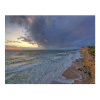 Carte Postale Les jours de crochet de falaises de mer durent la
