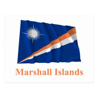 Carte Postale Les Marshall Islands ondulant le drapeau avec le
