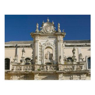 Carte Postale L'Italie, Puglia, Lecce, Piazza del Duomo, Palazzo