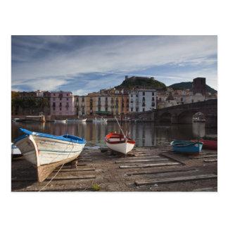 Carte Postale L'Italie, Sardaigne, Bosa. Rivière et Ponte de