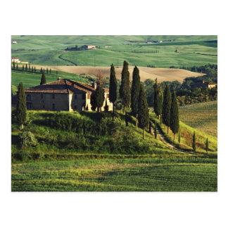 Carte Postale L'Italie. Une villa pastorale de la Toscane en Val