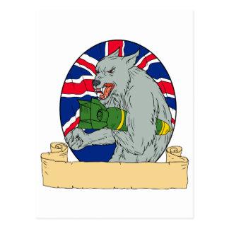 Carte Postale Loup gris tenant le dessin d'Union Jack de bombe