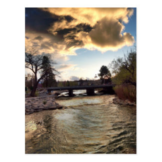 Carte Postale Lumière d'or sur la rivière Truckee