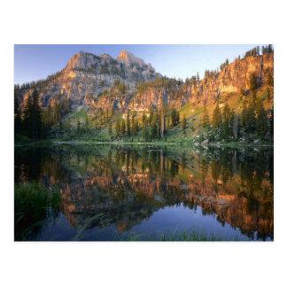 Carte Postale L'UTAH. LES Etats-Unis. Mt. Magog reflété dans