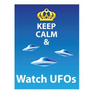Carte Postale Maintenez vecteur calme et de montre d'UFOs