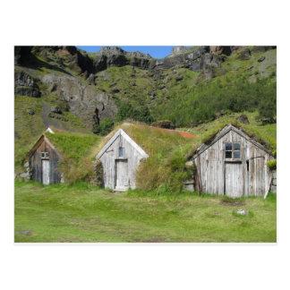 Carte Postale Maisons d'Islande avec le toit d'herbe