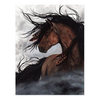 Carte postale majestueuse d'étalon de cheval par