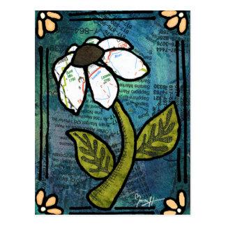 Carte Postale Marguerite blanche sur l'arrière - plan bleu -