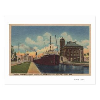 Carte Postale Marie, MI - vue de cargo laissant MacArthur