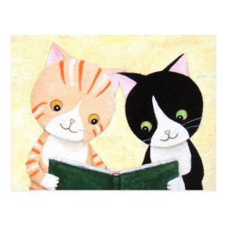 Carte postale mignonne de livres de lecture de cha