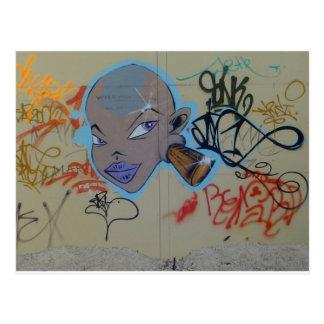 Carte Postale Mlle Thing Graffiti