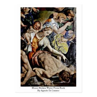 Carte Postale Moïse frappe l'eau de la roche par Agnolo Di