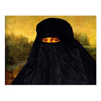 Carte Postale Mona Lisa cachée derrière Burqa