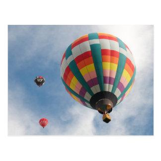 Carte Postale Monter en ballon