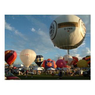 Carte Postale Monter en ballon de gaz de fiesta de ballon