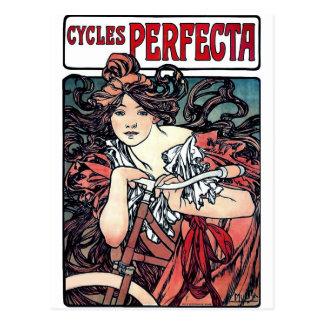 Carte Postale Mucha fait un cycle la robe rouge de bicyclette de