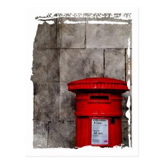Carte Postale Mur et boîte aux lettres