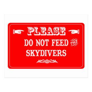 Carte Postale N'alimentez pas les parachutistes