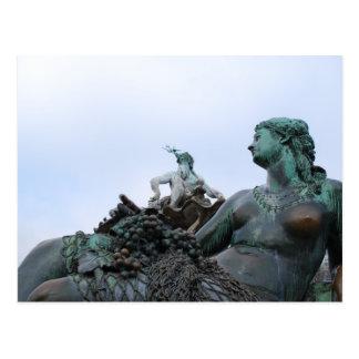 Carte Postale Neptunbrunnen - fontaine de Neptune - Berlin