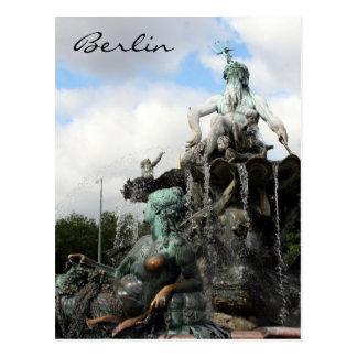 Carte Postale neptunbrunnen la fontaine