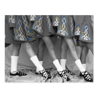 Carte postale noire et blanche de danse