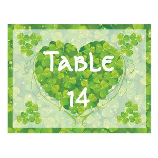 Carte Postale Nombre irlandais de table de mariage du jour de St